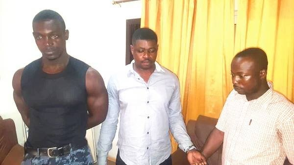 Police Officer, 2 Others Busted For Robbery