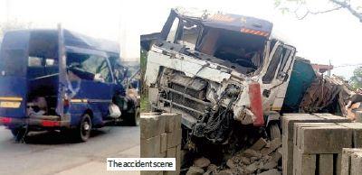 8 Killed In Gory Crash