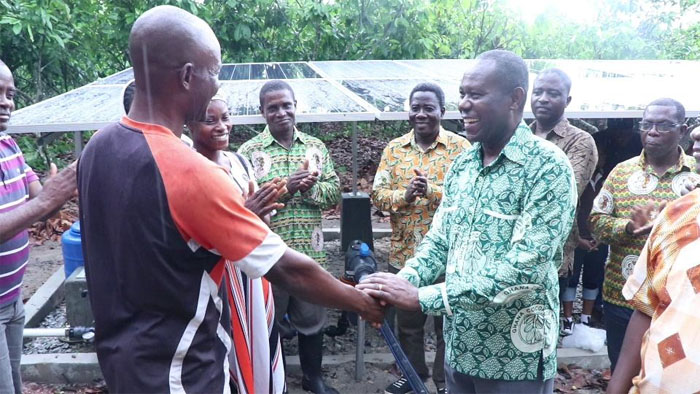COCOBOD Hands Over Irrigation System To Farmer