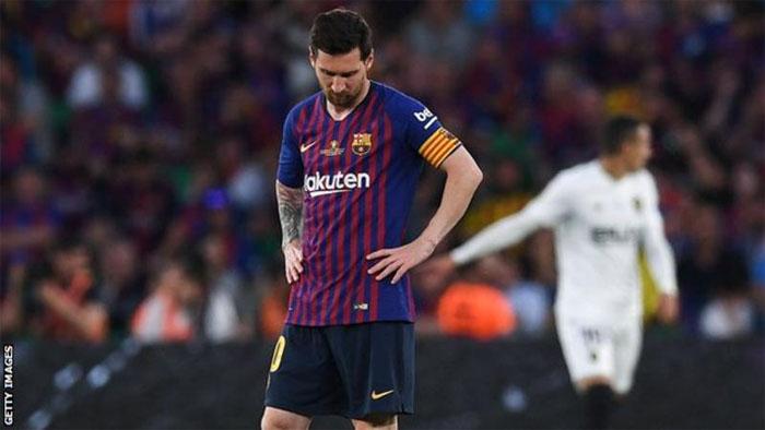 Valencia Whips Barcelona In Copa del Rey Final