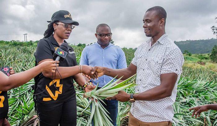 GEPA Presents 2 Million Pineapple Suckers