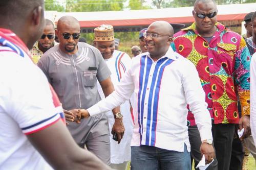 Dr. Bawumia exchanging pleasantries with some delegates